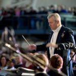 Tavastilassa pääsee kokeilemaan orkesterin johtamista